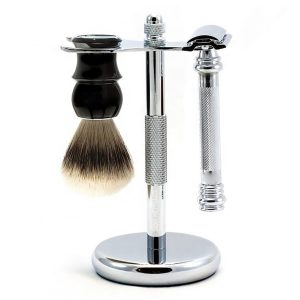 Safety Razor With Stand